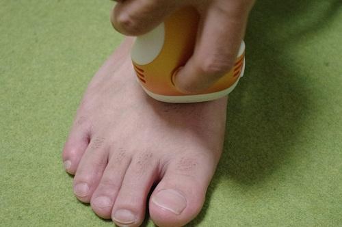 足の甲の毛 脱毛